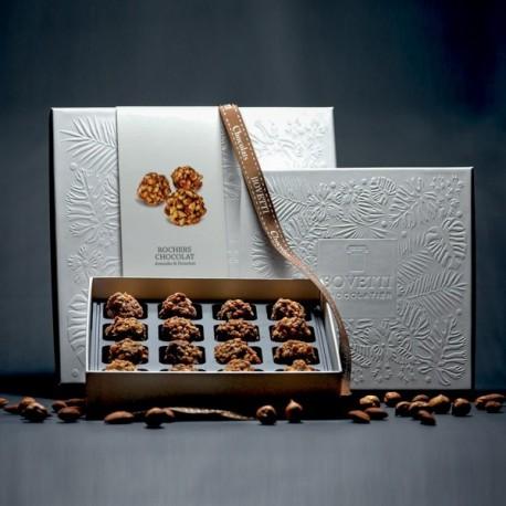Boite de Rochers aux Eclats de Noisette Fourres Chocolat au Lait et Amandes 150g