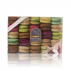 Coffret de 25 macarons artisanaux Lucy Borie 500g