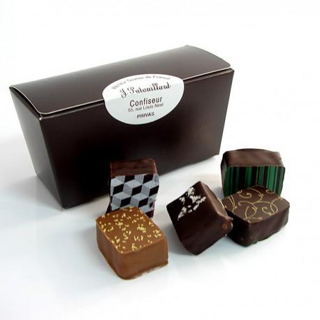 Ballotin de chocolats fins assortis 150g
